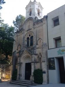 Ermita en honor a la Virgen de los Lirios