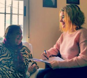 Antonia durante la entrevista