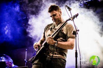 """Friscos, guitarrista: """"parte de nuestro éxito se debe a Extremoduro"""""""