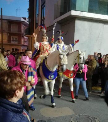Les Danses del Rei Moro: Fiestas de baile y tradición