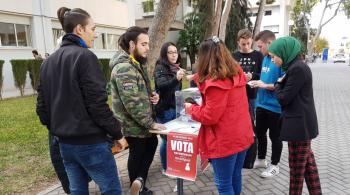 El Referendum, ¿monarquía o república? en la UA