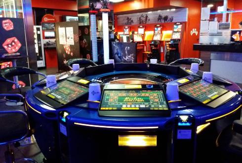 interior casa de apostes